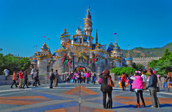 Castelo de Cinderella em Disneylâandia Hong Kong Imagens de Stock