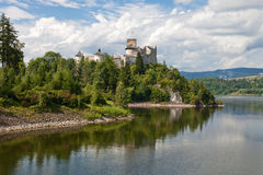 Castelo de Dunajec em Niedzica fotografia de stock royalty free