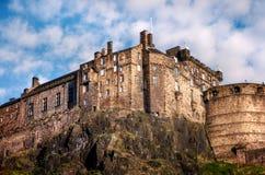 Castelo de Edimburgo na rocha Fotos de Stock Royalty Free