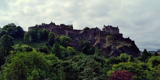 Castelo de Edimburgo, castelo de reis escoceses, o símbolo de Escócia fotos de stock royalty free