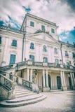 Castelo de Esterhazy com o parque em Fertod, Hungria, filtro análogo foto de stock royalty free