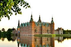 Castelo de Frederiksborg, Hillerod, Dinamarca imagem de stock