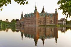Castelo de Frederiksborg, Hillerod, Dinamarca imagens de stock royalty free