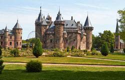 Castelo De Haar ? ficado situado, na prov?ncia de Utrecht fotos de stock