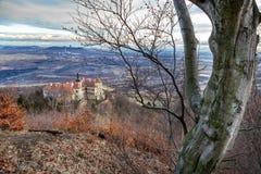 Castelo de Jezeri, poço de CSA, Boêmia norte, república checa fotografia de stock royalty free