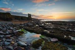 Castelo de Keiss em Caithness em Escócia imagens de stock