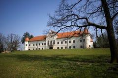Castelo de Luznica perto de Zapresic imagem de stock