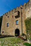Castelo de Montesquiu em Ripoll, Catalonia, Espanha fotografia de stock royalty free