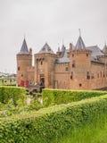 Castelo de Muiderslot nos Países Baixos no dia nacional do castelo Fotos de Stock Royalty Free