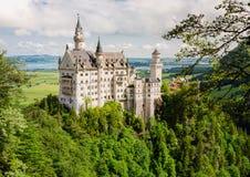 Castelo de Neuschwanstein situado perto de Fussen no sudoeste Baviera, Alemanha Foto de Stock Royalty Free