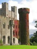 Castelo de Penrhyn em Wales, Reino Unido Foto de Stock