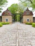 Castelo de Pierreclos em Borgonha, France imagem de stock royalty free