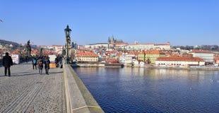Castelo de Praga e ponte de Charles Imagens de Stock Royalty Free