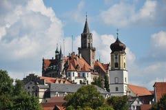 Castelo de Sigmaringen e igreja de paróquia Imagem de Stock Royalty Free