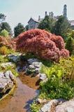Castelo de Sizergh e uma seção dos jardins Imagem de Stock Royalty Free