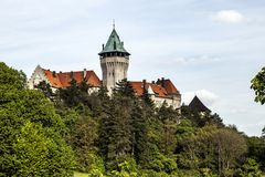 Castelo de Smolenice, centro de congresso do SAS - construído no século XV imagens de stock royalty free