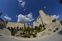 Castelo de Torija através de uma lente de fisheye foto de stock