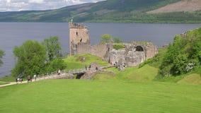 Castelo de Urquhart e Loch Ness, Esc?cia vídeos de arquivo