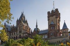 Castelo Dragon Castle de Drachenburg perto de Koenigswinter - Bona em Alemanha Reno-Westphalia norte imagens de stock royalty free