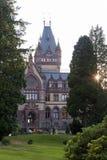 Castelo Dragon Castle de Drachenburg perto de Koenigswinter - Bona em Alemanha Reno-Westphalia norte imagem de stock royalty free