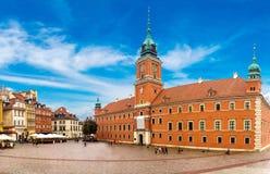 Castelo e coluna reais de Sigismund em Varsóvia fotos de stock royalty free