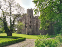 Castelo e jardim de Galês Imagens de Stock