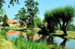 Castelo e rio de Svihov próximo, República Checa fotografia de stock