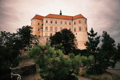 Castelo em Mikulov Fotos de Stock Royalty Free