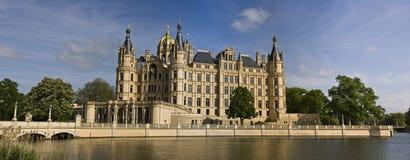 Castelo em Schwerin imagens de stock royalty free