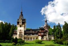 Castelo em Sinaia, Romania de Peles Fotografia de Stock