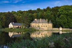 Castelo em uma lagoa Imagem de Stock