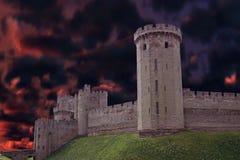Castelo escuro Fotos de Stock Royalty Free