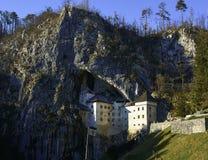 Castelo Eslovênia de Predjama Fotos de Stock