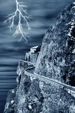 Castelo espectral e relâmpago foto de stock royalty free