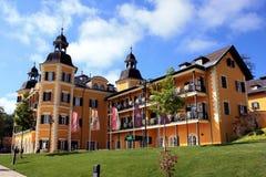 Castelo famoso no Wörthersee Imagens de Stock