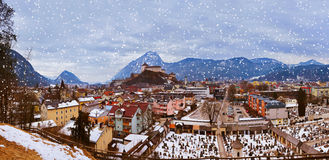 Castelo Kufstein em Áustria Fotos de Stock Royalty Free
