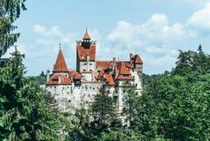 Castelo legendário do farelo, residência de Dracula A Transilvânia, Romania fotografia de stock