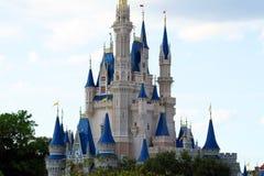 Castelo mágico Florida de Disney médio Foto de Stock Royalty Free
