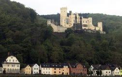 Castelo medieval ao longo do Rhine River em Alemanha Imagens de Stock Royalty Free