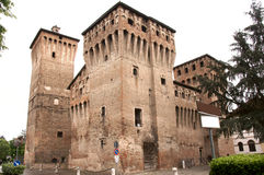 Castelo medieval danificado Imagem de Stock Royalty Free