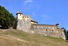 Castelo medieval em Stara Lubovna, Eslováquia fotos de stock