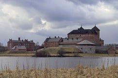 Castelo medieval na cidade de Hameenlinna fotos de stock