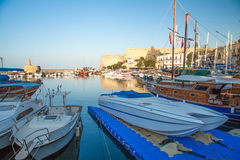 Castelo medieval no porto velho em Kyrenia, Chipre Fotos de Stock
