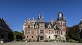 Castelo Mheer, propriedade privada em Limburgo sul O domínio do castelo tem sido classificado recentemente como uma propriedade imagem de stock