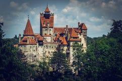 Castelo misterioso do farelo Residência do vampiro de Dracula em Romênia imagens de stock
