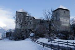 Castelo no inverno, Áustria de Kaprun Imagens de Stock Royalty Free