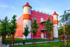 Castelo no parque das crianças Fotos de Stock