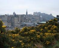 Castelo norte da ponte e do Edimburgo Fotos de Stock Royalty Free