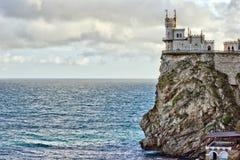 Castelo, rocha e Mar Negro Fotos de Stock