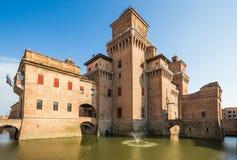 Castelo velho de Estense em Ferrara, Itália imagens de stock